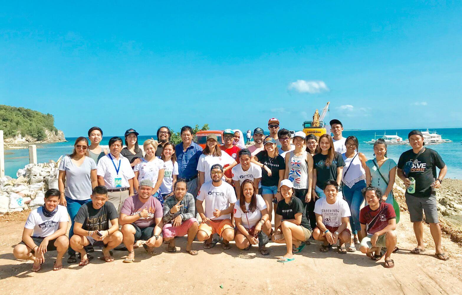 malapascua-island-ocean-clean-up